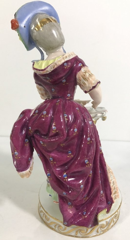 Meissen figurine, lady card player,c.1900 - 4