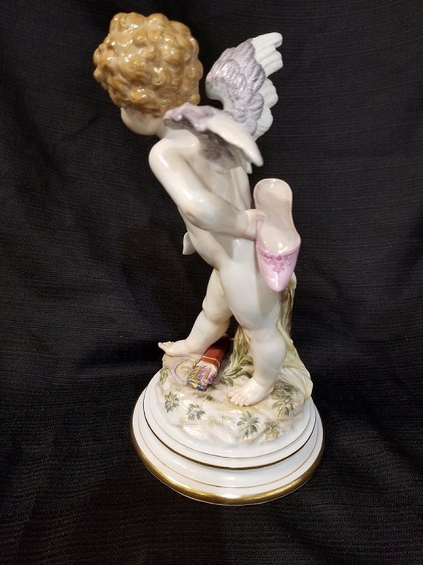 Meissen Angel with shoe and contract, c.1900 - 4