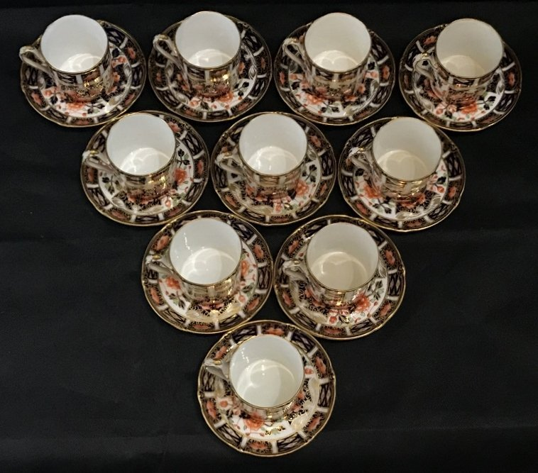 Royal Crown Derby Imari cups and saucers(set of 10)