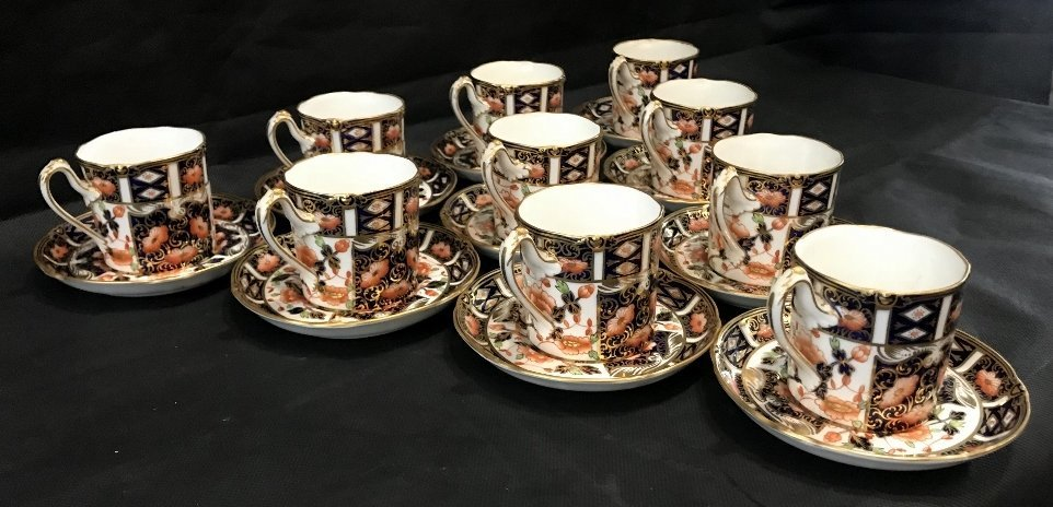 Royal Crown Derby Imari cups and saucers(set of 10) - 3