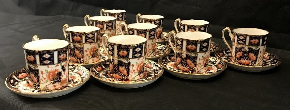Royal Crown Derby Imari cups and saucers(set of 10) - 4