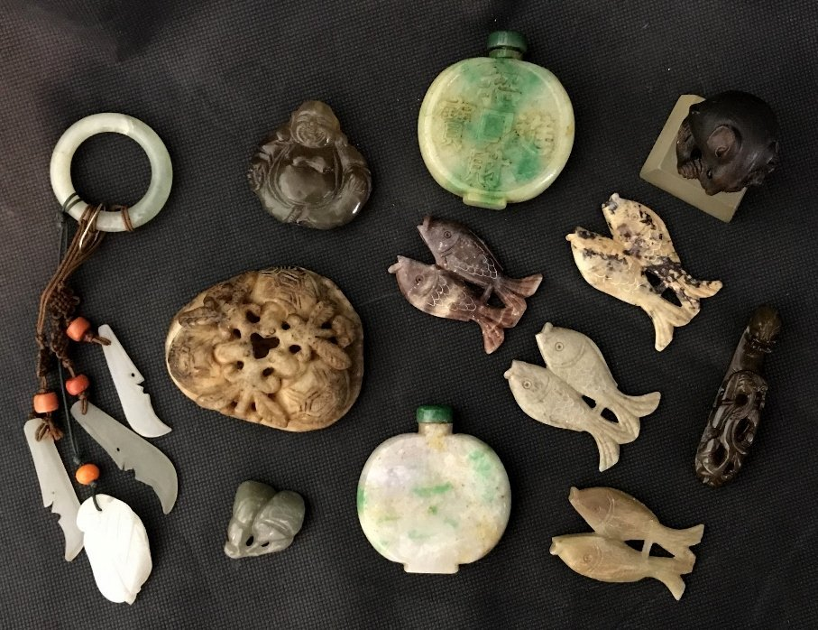Mixed Asian stone carvings, mostly jade