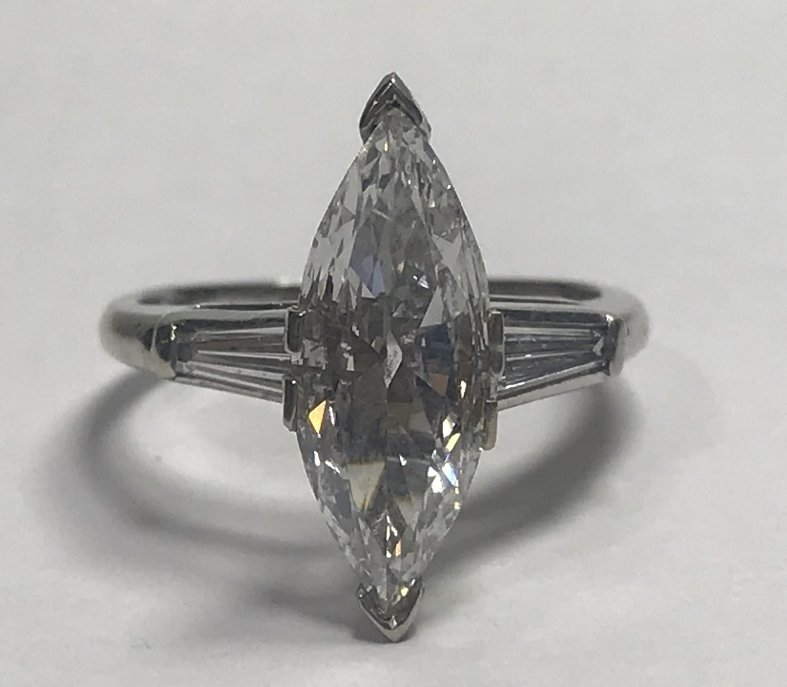 1.26 marquise diamond ring, E color, SI1-GIA, 2.4 dwts