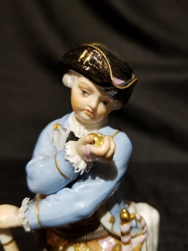 Meissen fig, 18th cen man looking at watch, c.1900 - 3