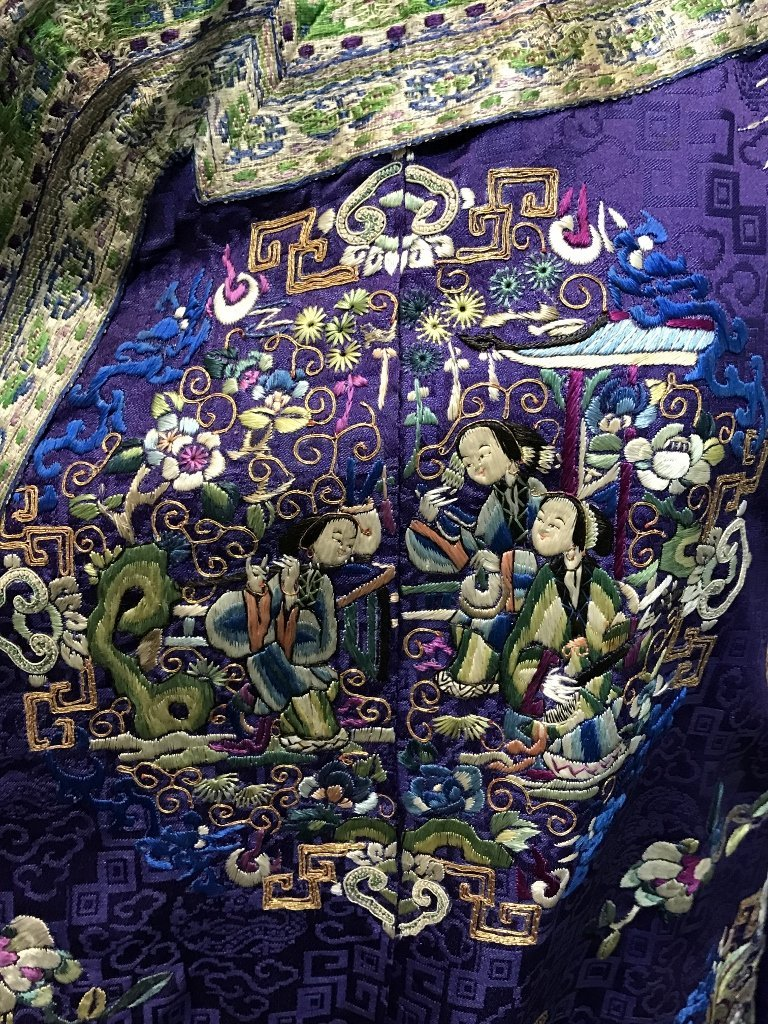 Chinese silk embroidered robe, c.1850 - 4