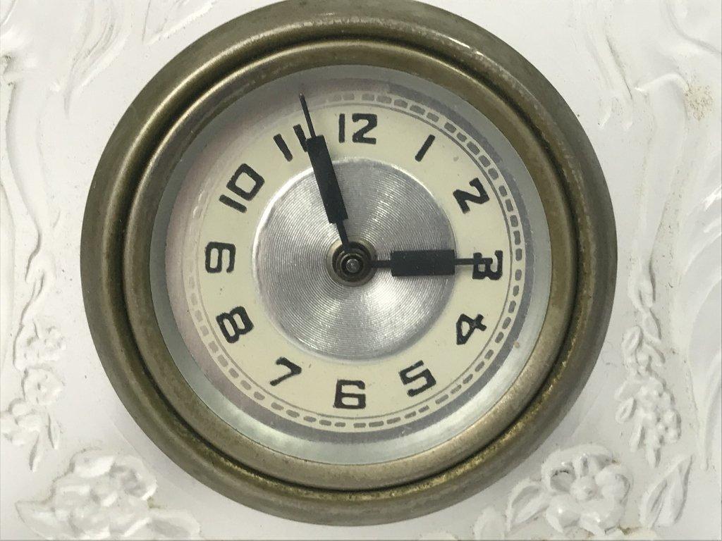 Lalique style glass clock, c.1930 - 2