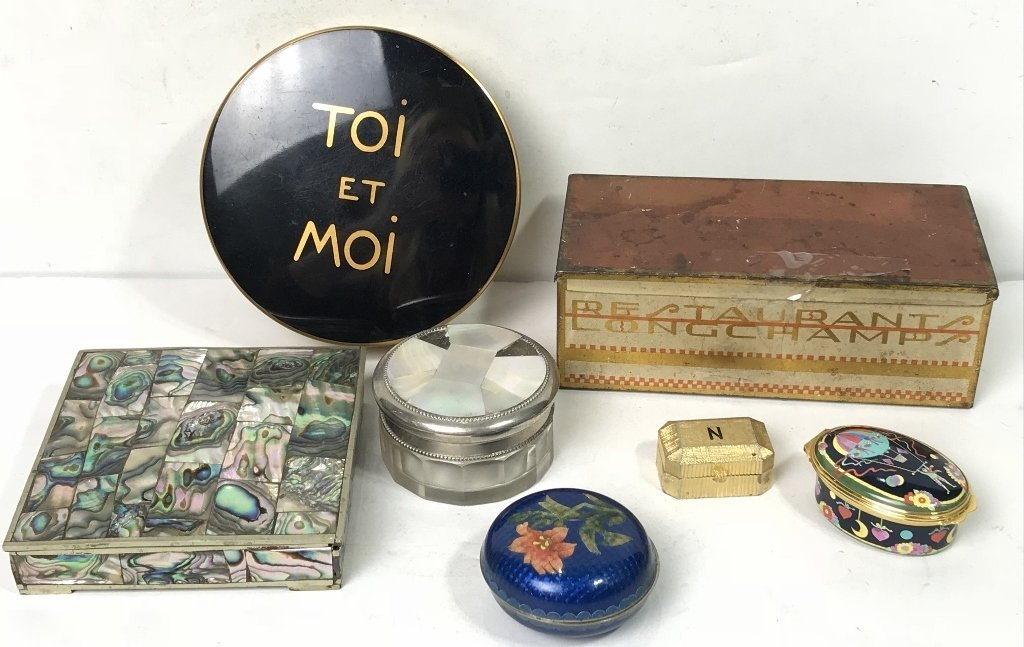 Miscellaneous small boxes