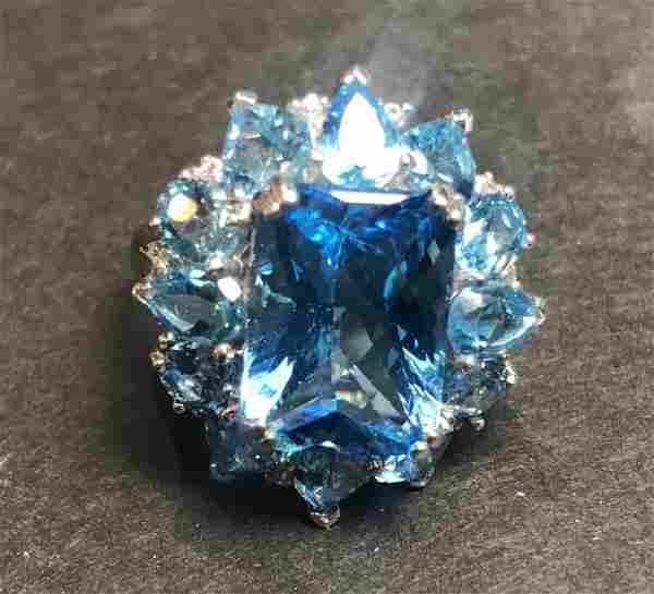 14k blue topaz ring, 4.3 dwts