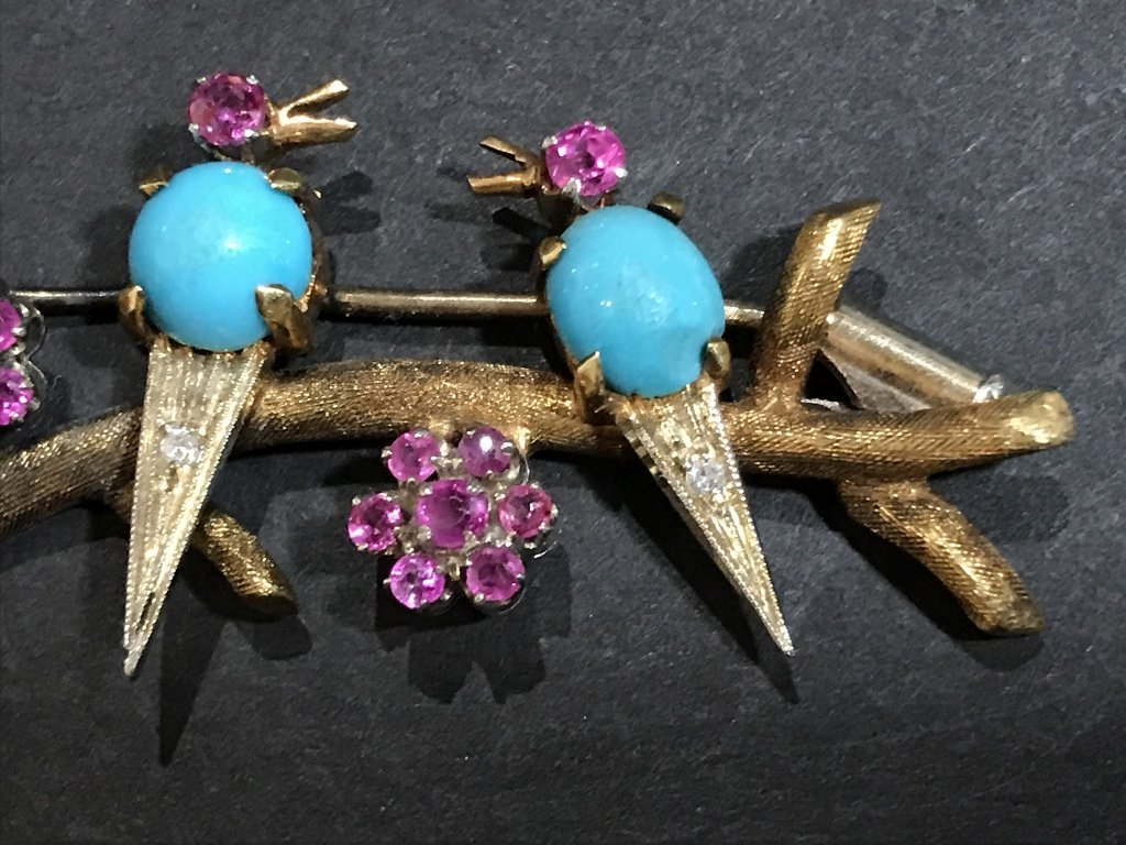 18k ruby, dia and turquoise bird pin, c.1950, 5 dwts - 3
