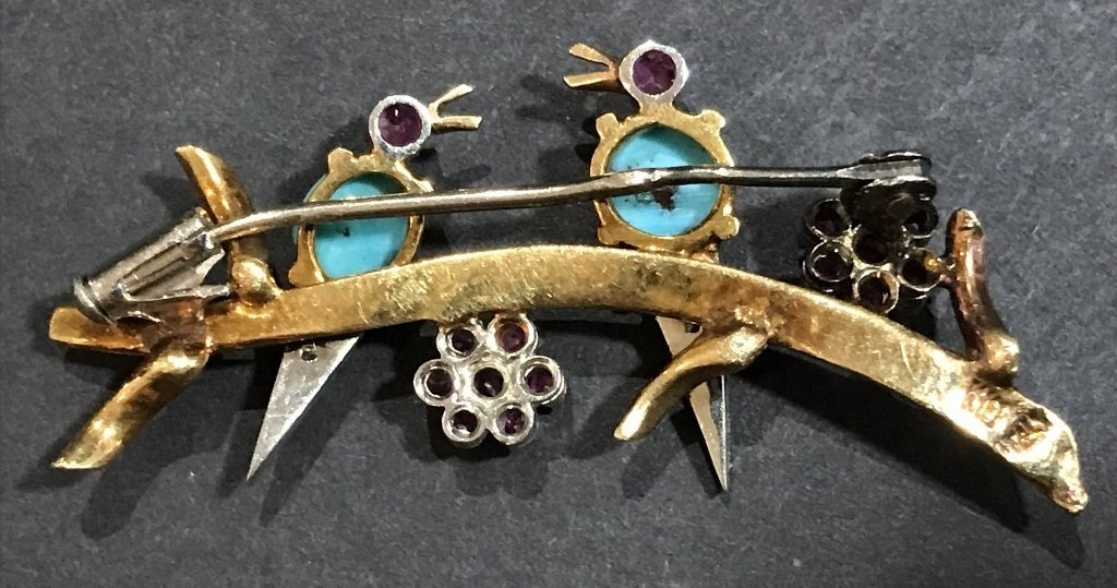 18k ruby, dia and turquoise bird pin, c.1950, 5 dwts - 4