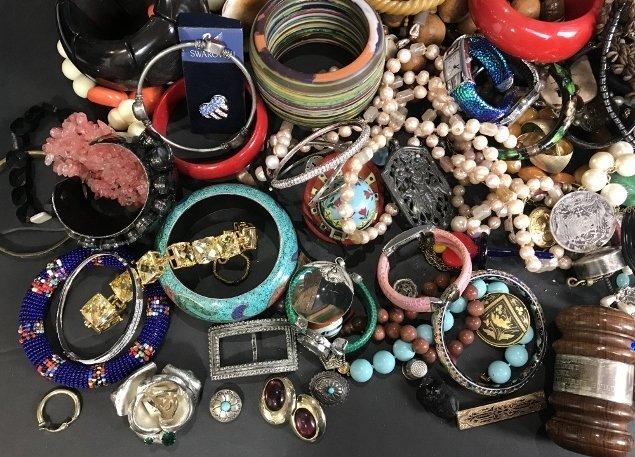 Costume jewelry in 2 trays - 5