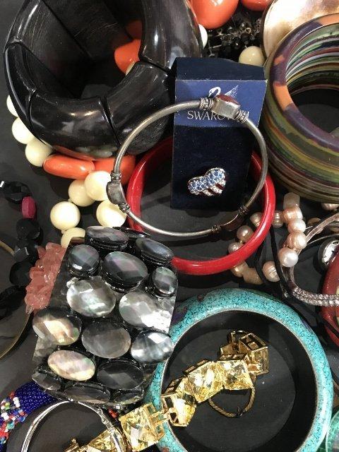 Costume jewelry in 2 trays - 8