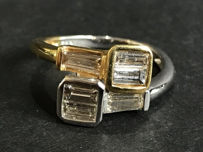 18k and diamond ring, with rect cuts, 1.55cts