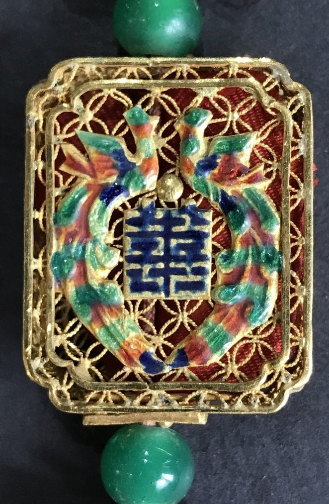 22k gold Chinese pendant with enamel, 11.6 dwts - 3