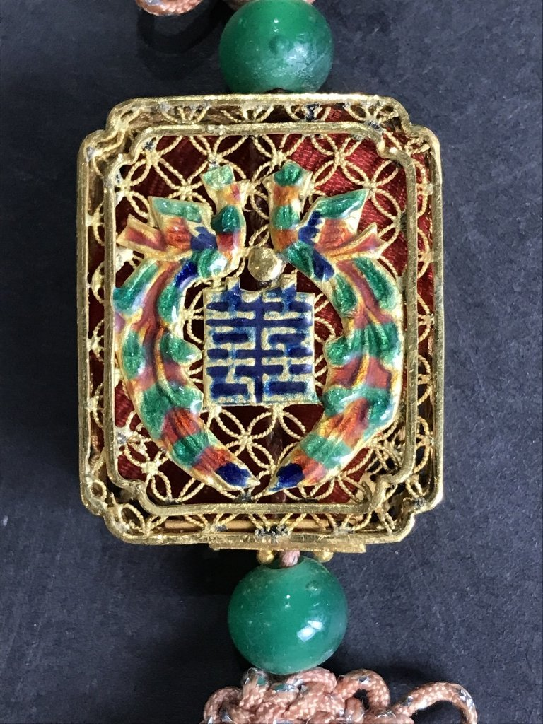 22k gold Chinese pendant with enamel, 11.6 dwts - 5