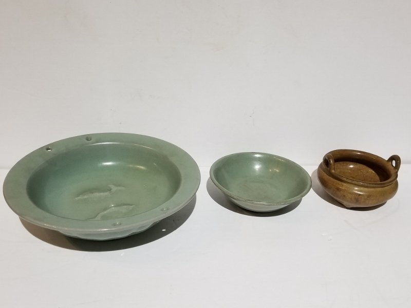 Three Chinese ceramics