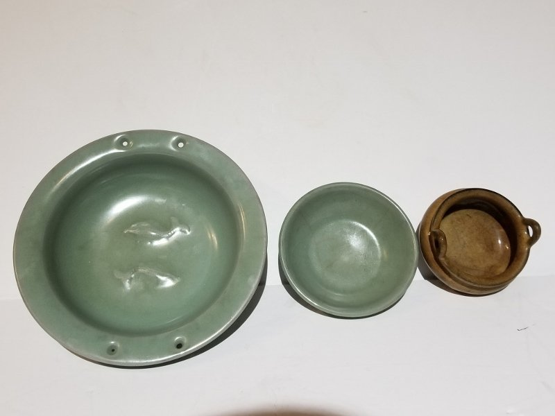Three Chinese ceramics - 2