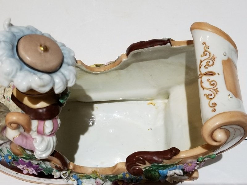 Porcelain figurine of sled, c.1880 - 6