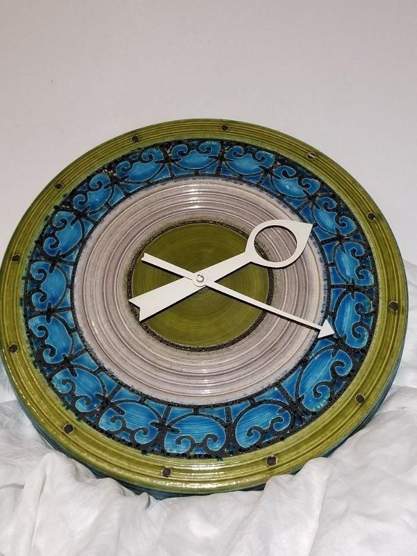 Howard Miller Meridian ceramic clock, 1960's