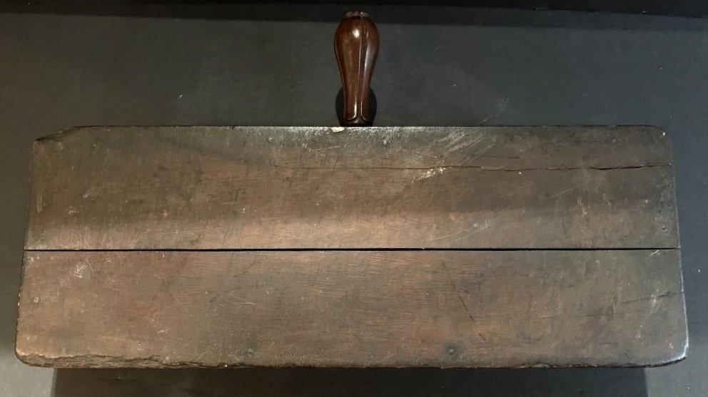English wood money changing box, c.1900 - 6