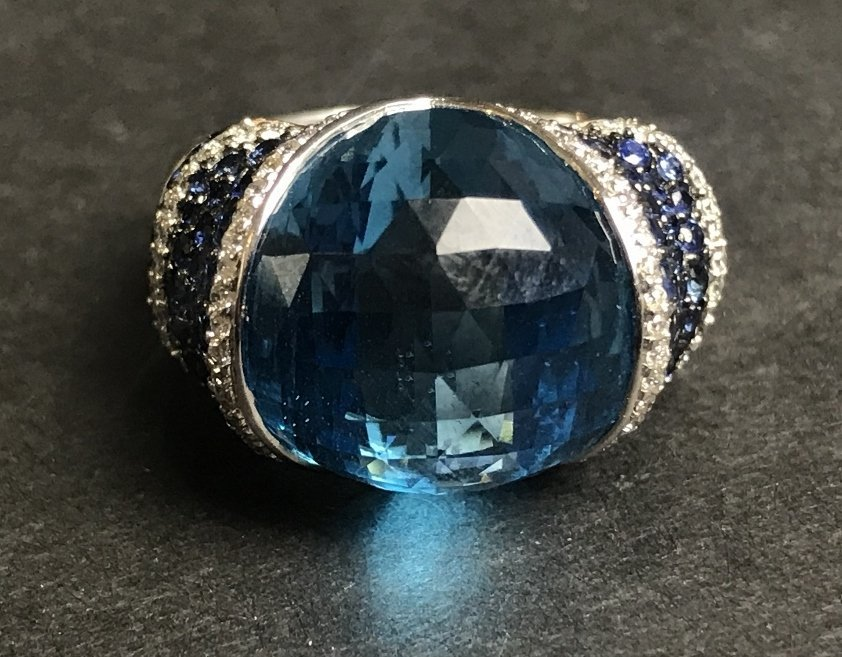 18k sapphire topaz and diamond ring, 8.1 dwts