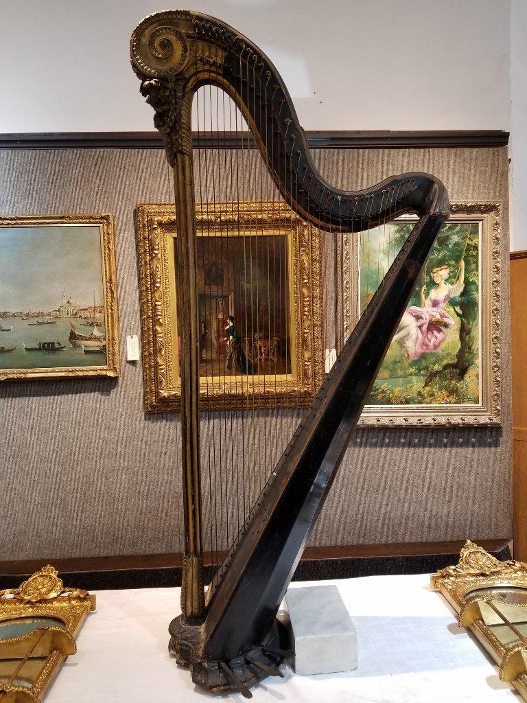 Renault and Chatelain harp, 1780, Met Museum