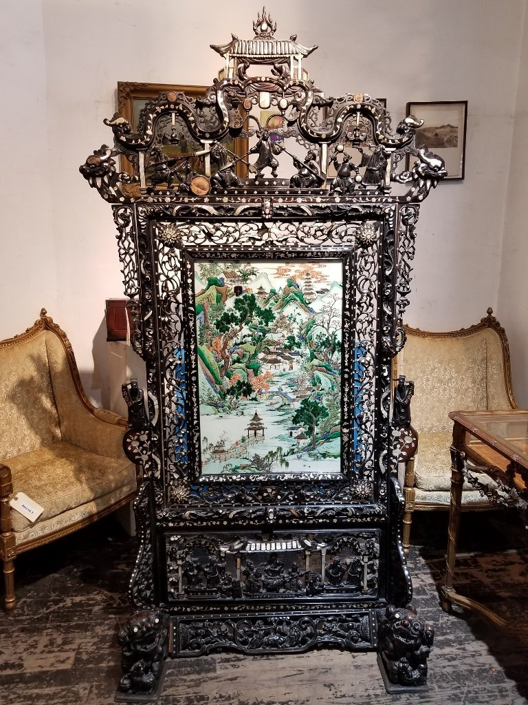 Magnificent Chinese stand w/ porc plaque, c.1900