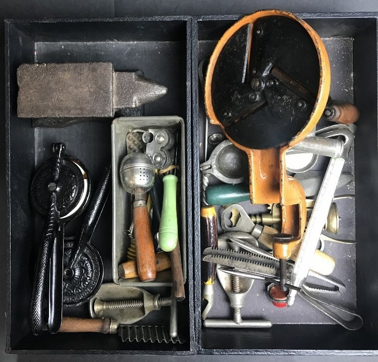 Early tools in 2 trays