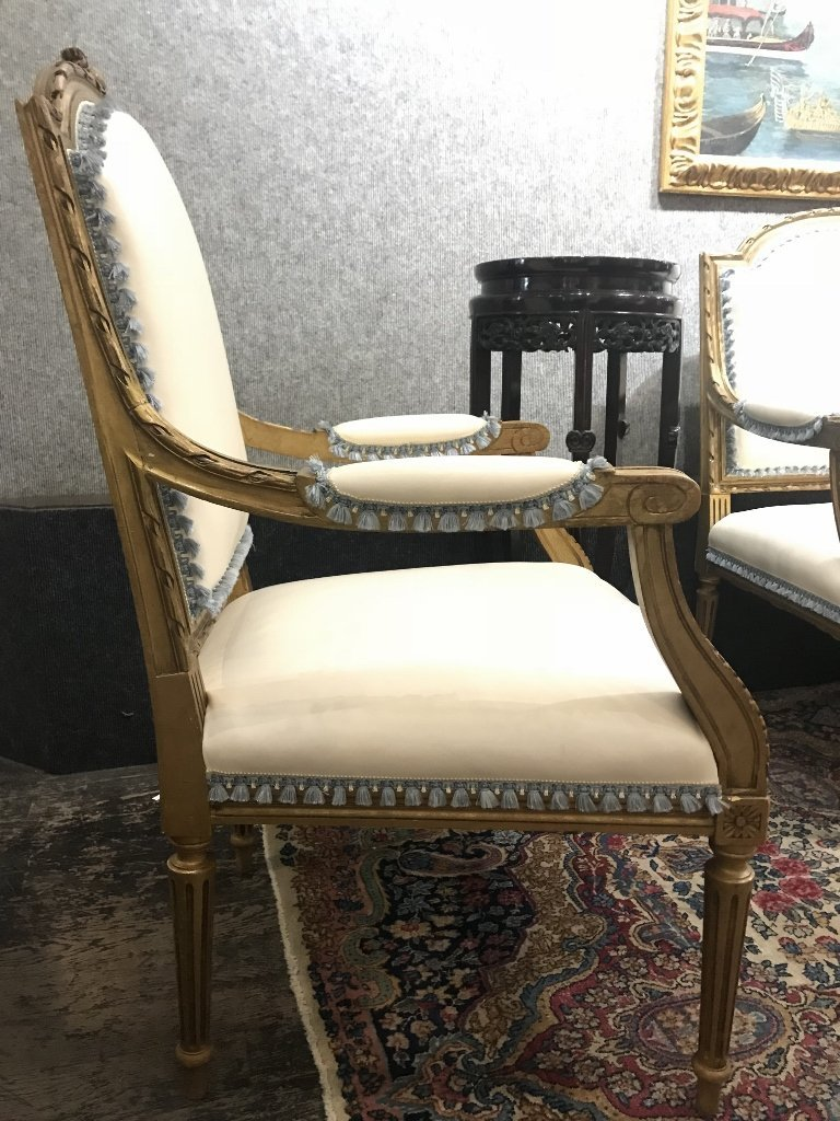 Gilt wood and upholstered parlor suite - 7