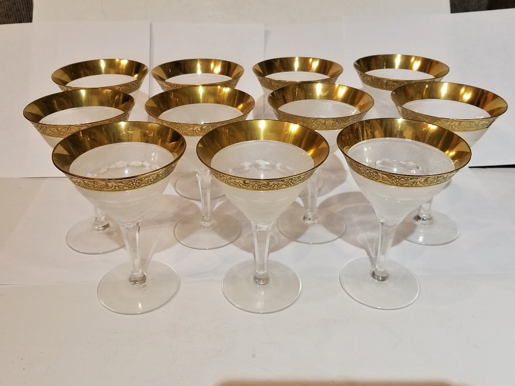 11 gold rimmed glasses in 2 trays, Circa 1950.