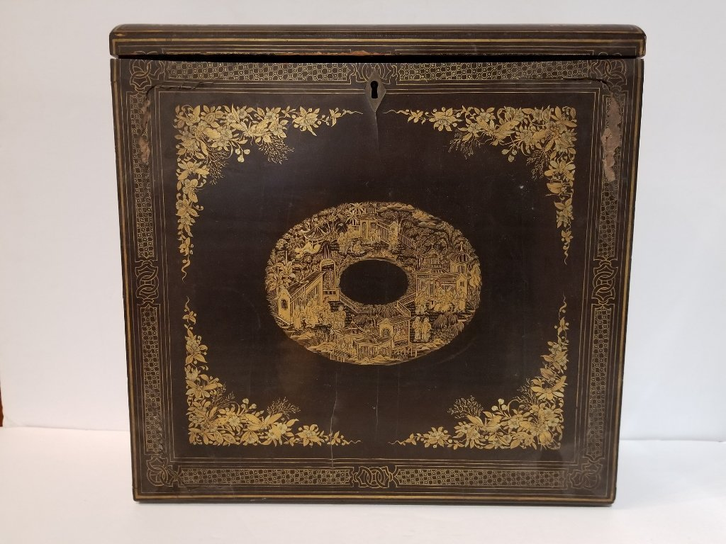 Chinese lacquer box, c.1900