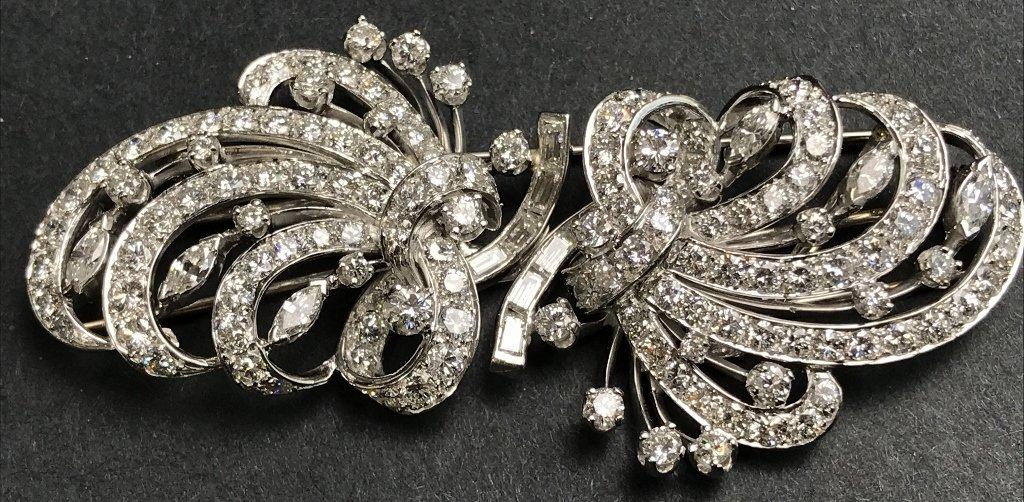 Platinum and diamond double clip,c.1945,22.1 dwts