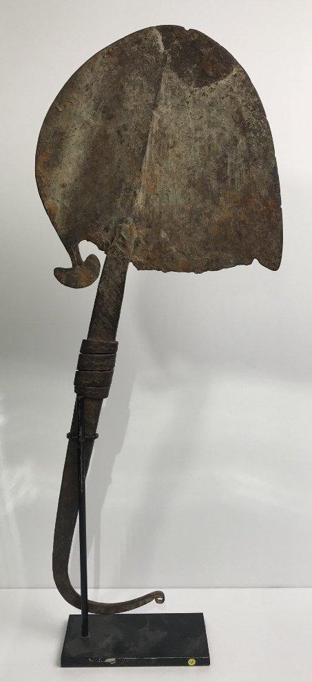African blade or knife currency, Hunt Fine Arts Prov