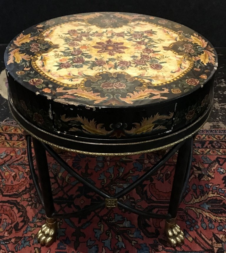 Modern lacquer and cast iron table