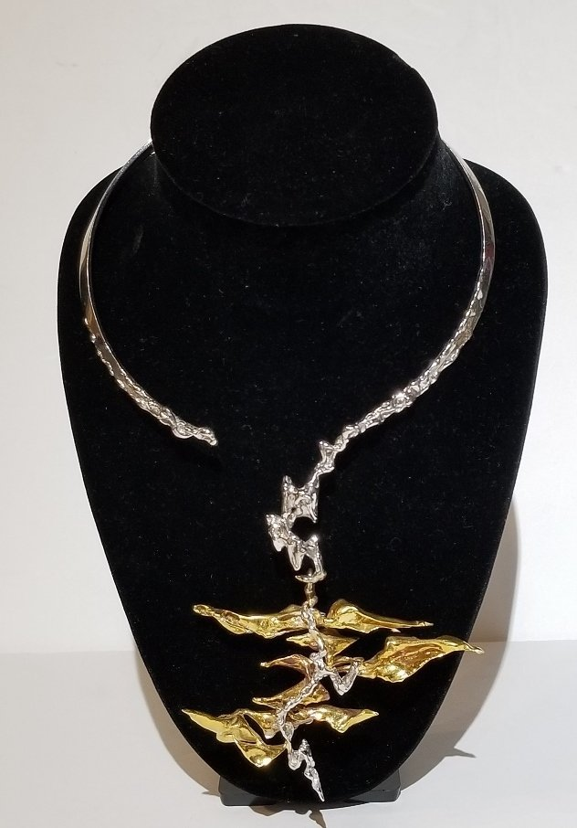 Rare 18k  gold modern necklace by Sterle, circa 1960