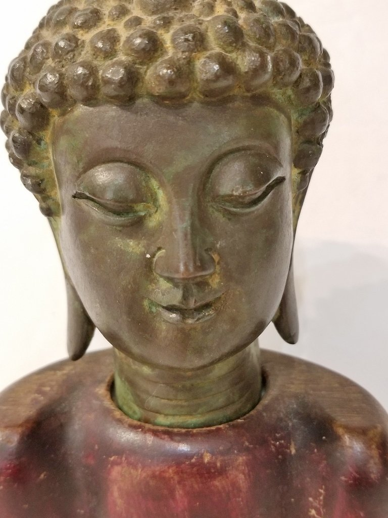 Chinese bronze buddha head, wood base - 2