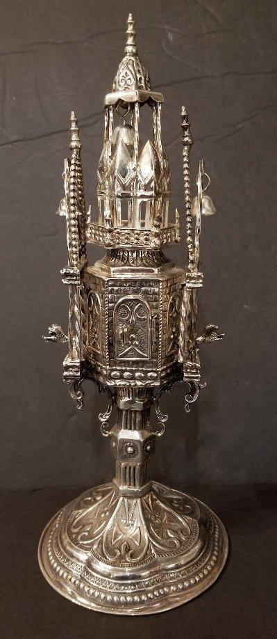 Sterling silver spice tower, circa 1965, 15.2 t. oz