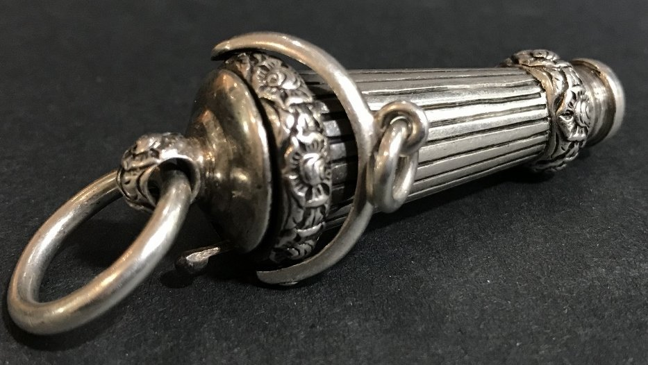 Georgian silver whistle, c1830, 1.2 t. oz - 2