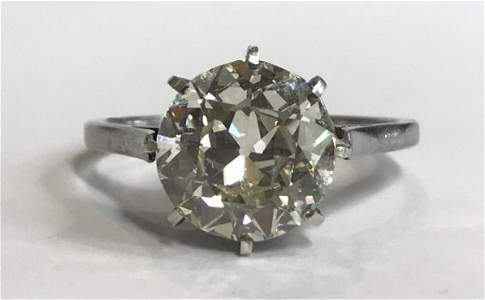 Platinum diamond ring, 3.31 VVs2, c.1920, 1.7 dwts.GIA