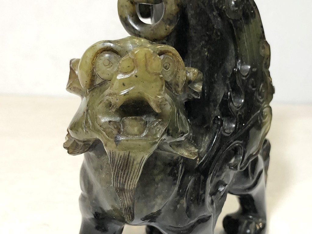 Pair Chinese hardstone carvings of mythical beasts - 6