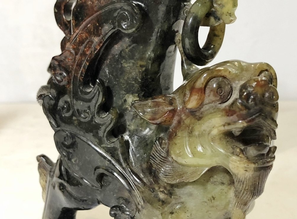 Pair Chinese hardstone carvings of mythical beasts - 7