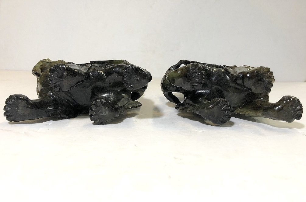 Pair Chinese hardstone carvings of mythical beasts - 8