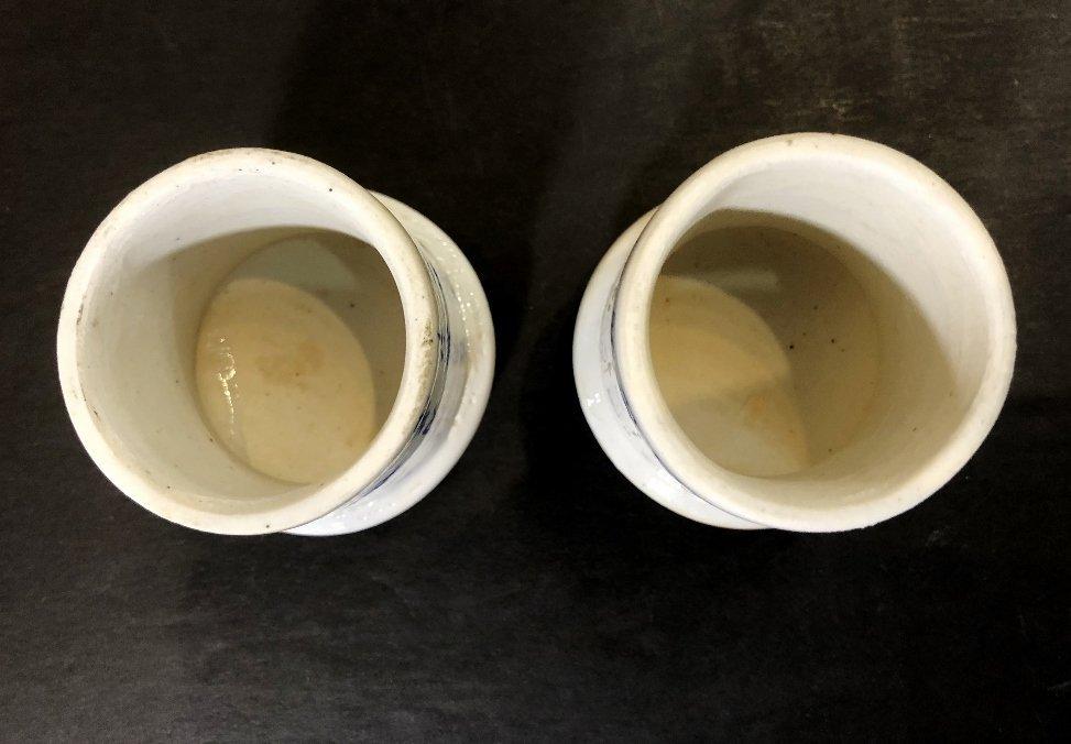 Pair of porcelain Chinese tea caddies, c.1930 - 8