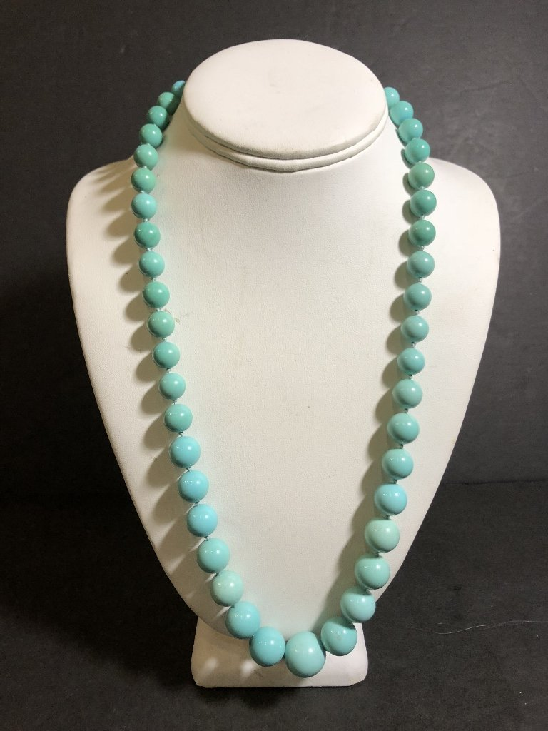 Large turquoise necklace, GIA report, c.1985