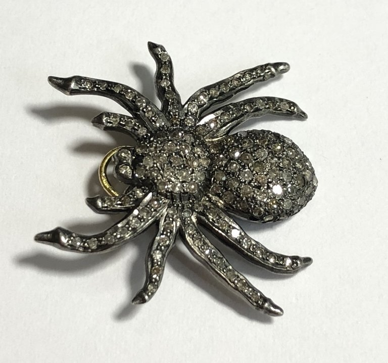 Silver and diamond spider pendant, 2.5 dwts - 4