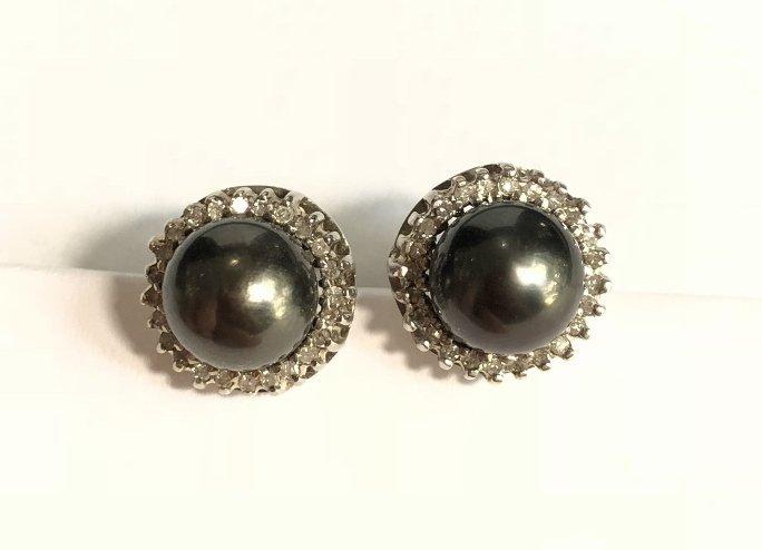 14k black pearl and diamond earrings, 3.2 dwts