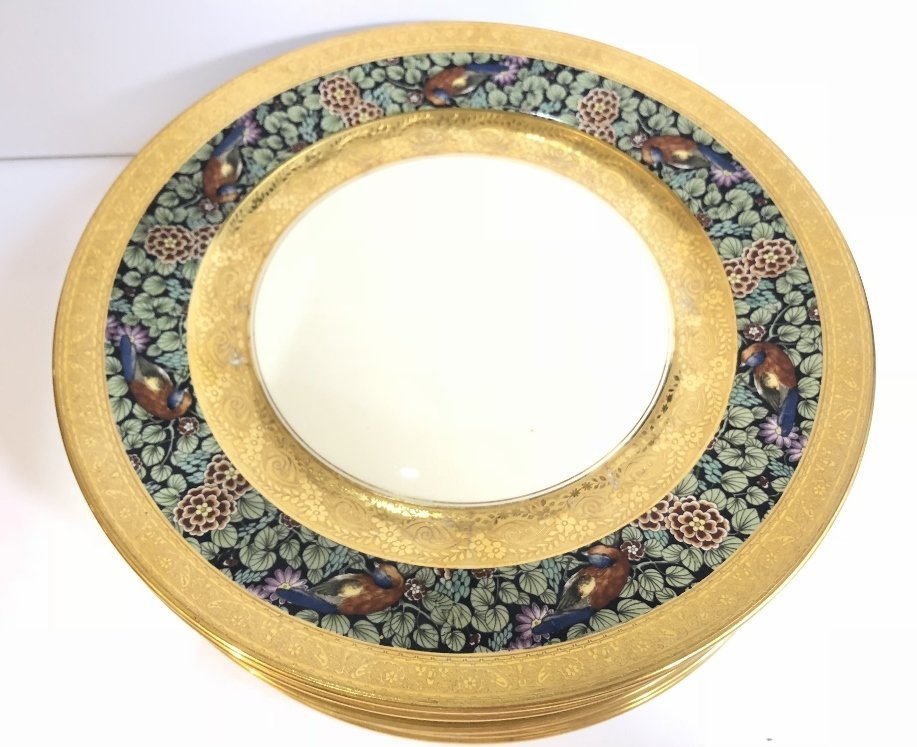 Set of eight Rosenthal Bavaria Ivory dinner plates