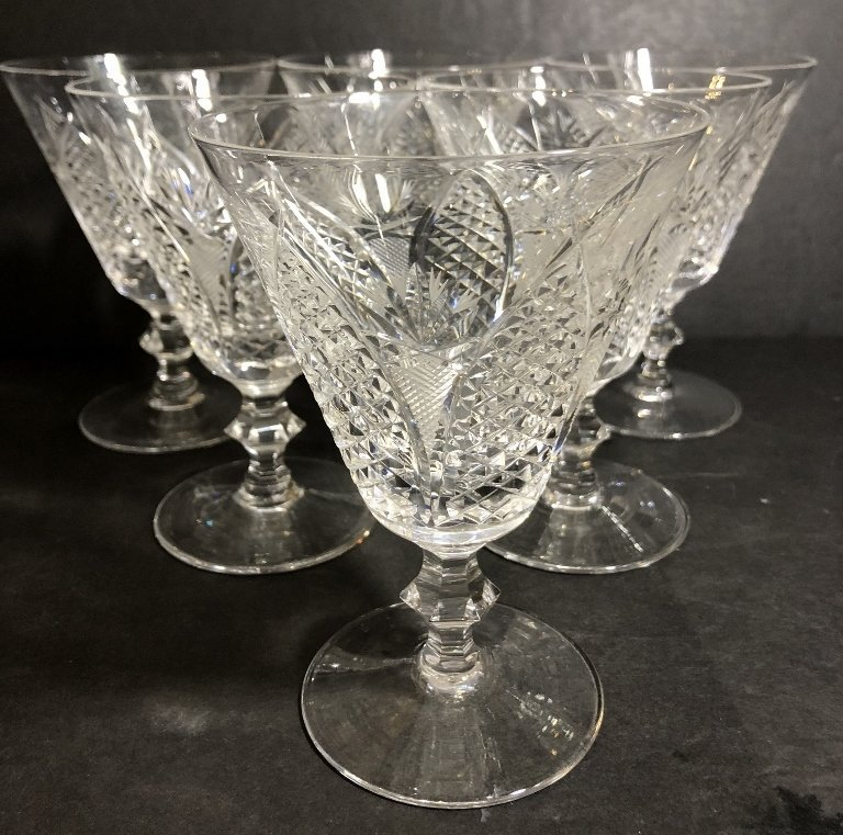 Six engraved Waterford glasses, circa 1930 - 2