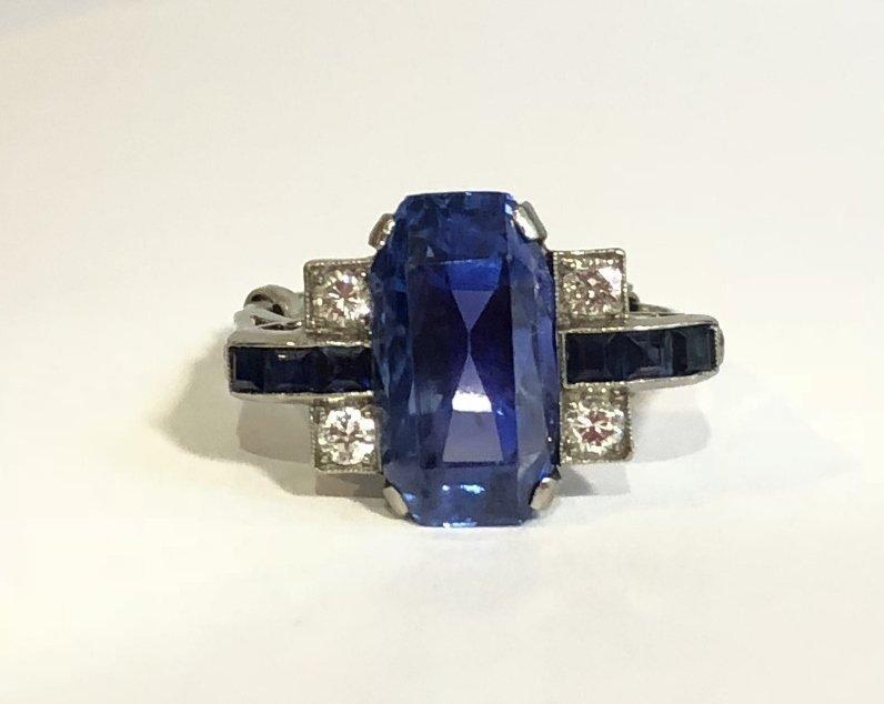 Natural sapphire art deco diamond ring, c.1925,GIA