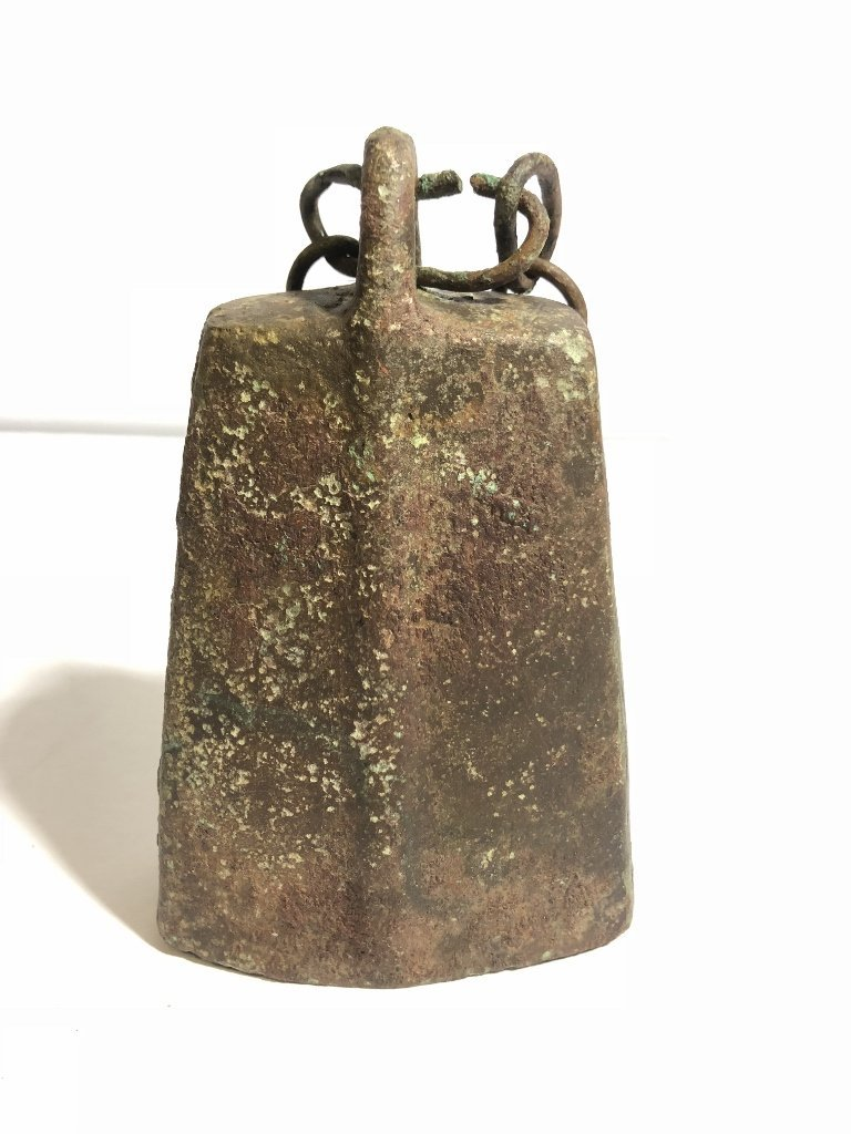 Early metal Chinese bell on stand - 2